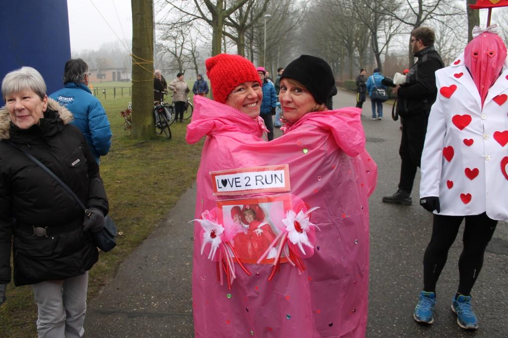 Antwerp Athletics Valentijnrun in het Rivierenhofpark